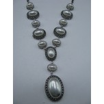 Shell Pearl Necklace - Oval