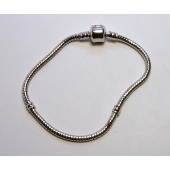 8 Inch Large Hole Rhodium Plated Bracelet with Snap Clasp