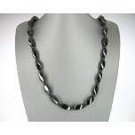 Magnetic Single Strand Black 20 Inch Necklace