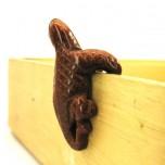 Lizard Climbing 1.5 Inch Figurine - Goldstone
