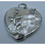 Heart Shape Pendant with Roses - Shell Gold and Silver