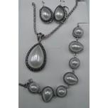 Shell Pearl 3-pc Necklace/Earring/Bracelet set - Teardrop