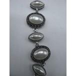Shell Pearl Bracelet - Oval/Ellipsis
